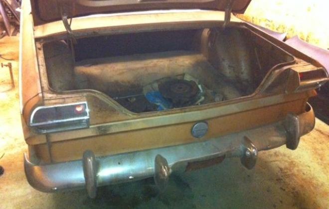 Unrestored 1964 Studebaker Daytona 2 door hardtop images (3).JPG
