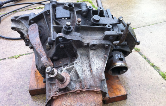 Unrestored Peugeot 205 BE3 gearbox casing 1.9.png