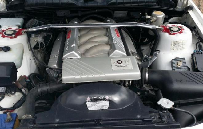 VP HSV Clubsport engine bay.jpg