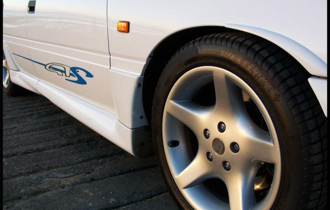 VP HSV GTS 17 inch wheels image 1992.jpg