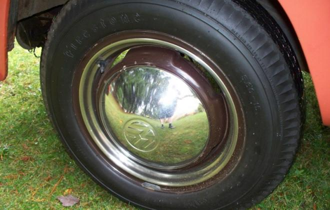 VW Samba Bus 1955 - 1958 Deluxe microbus original wheels (1).jpg