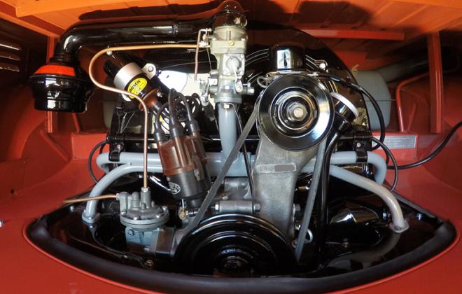 Volkswagen Deluxe Microbus engine compartment block features (3).jpg