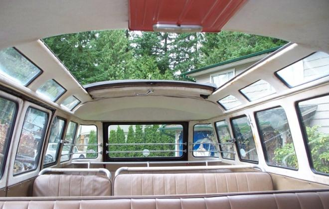 Volkswagen Deluxe Microbus interior Samba seats (7).jpg