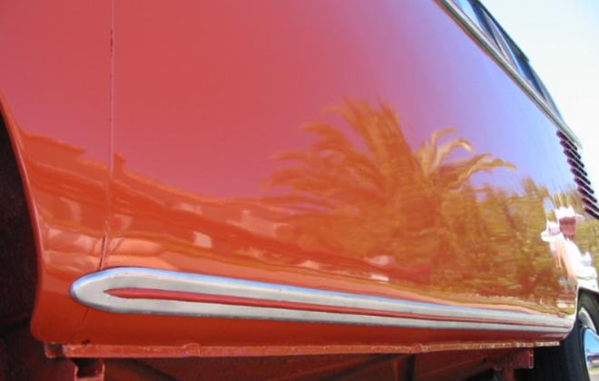 Volkswagen Deluxe Microbus side body trim samba (2).png