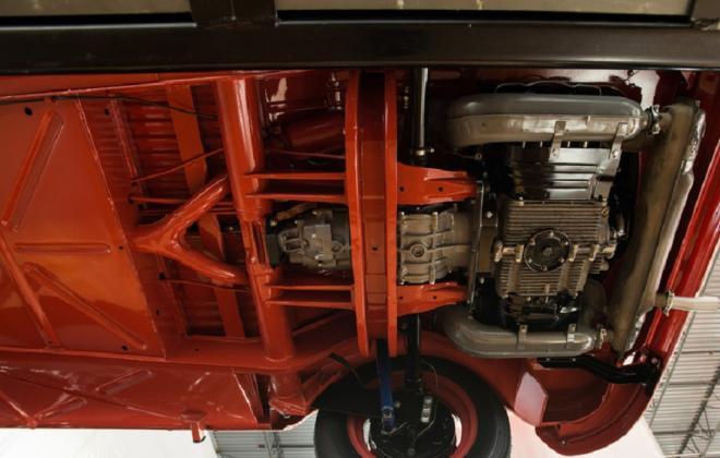 Volkswagen Deluxe Microbus under car brakes images suspension (5).jpg