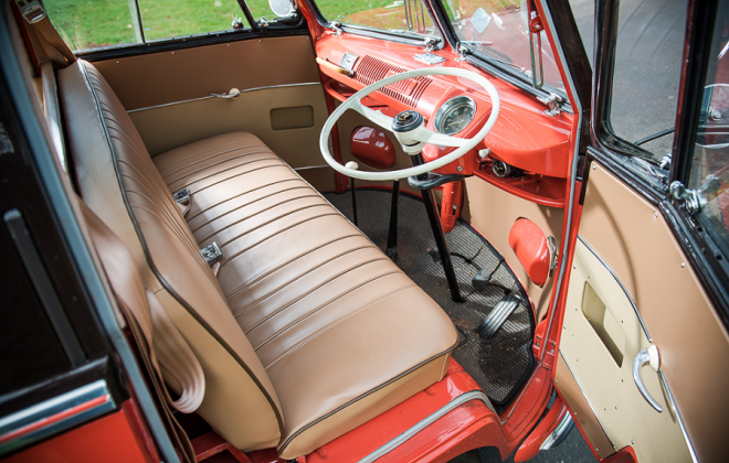 Volkswagen Microbus Deluxe Samba Bus dashboard interior (2).png