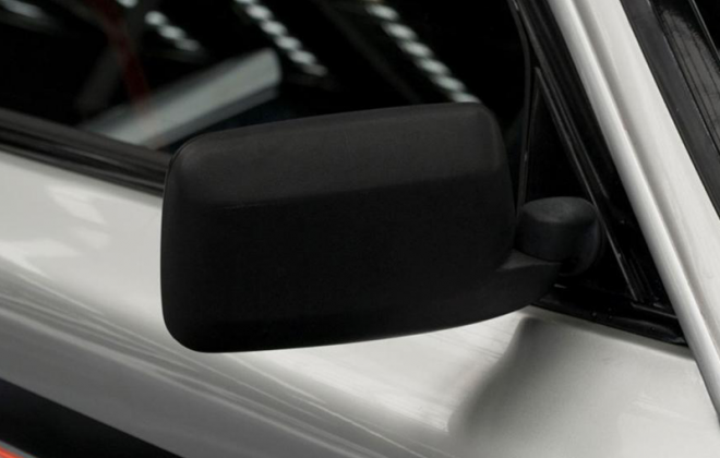 Volvo 242 GT 1980 side mirror plastic image copy.png