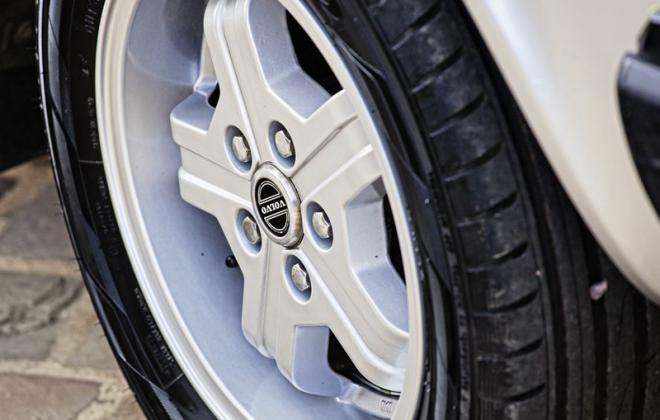 Volvo Virgo 15 inch alloy wheels 242 GT.png