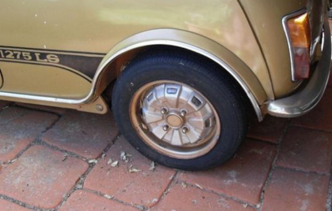 WHeel and flares 1275LS.png