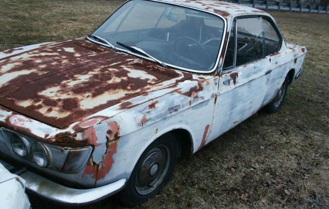 White BMW 2000CS coupe 1967 images (24).jpg