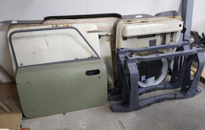White NZ Australian Mini Clubman GT 1973 unrestored pics (10).jpg