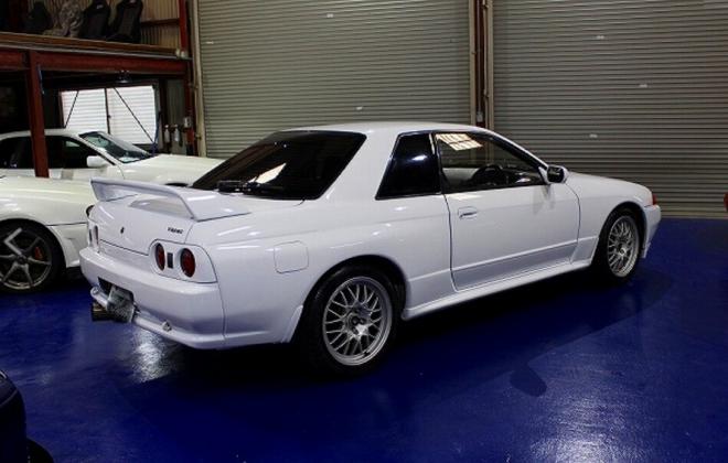 White V-Spec I GTR.png