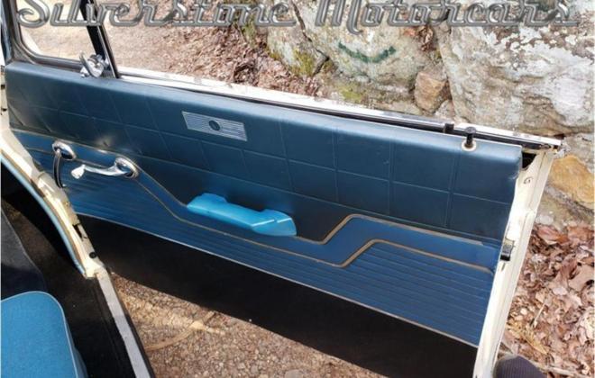 White with blue interior Studebaker Daytona Hardtop half vinyl trim (5).jpg