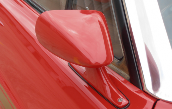 Wing mirror XW Ford Falcon GT.png