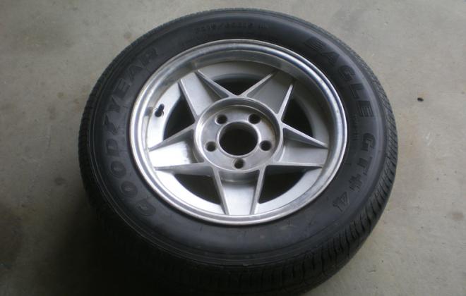 XD ESP Bathurst Globe 15 inch wheels (4).png