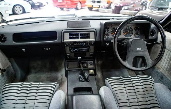 XD ESP Fairmont Ghia dashboard.jpg