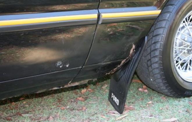 XE Falcon 2 door coupe ESP black (12).jpg
