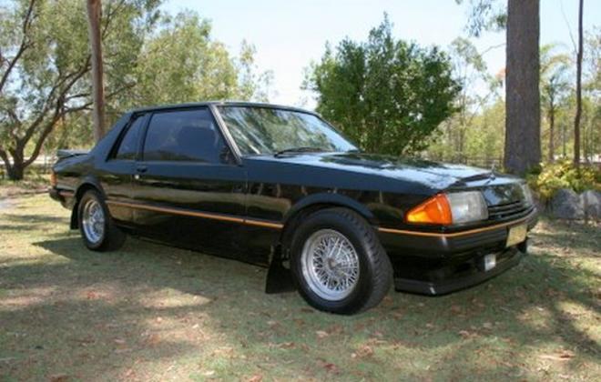 XE Falcon 2 door coupe ESP black (2).jpg