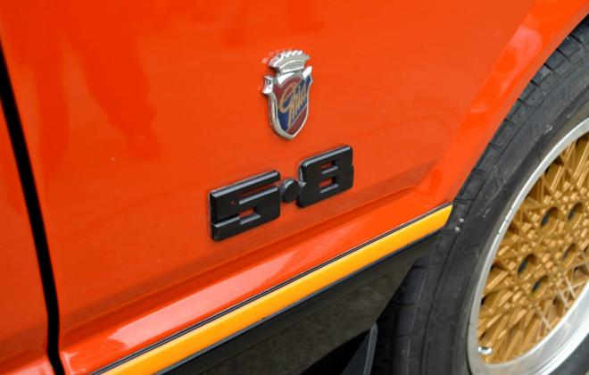 XE Ford Fairmont ESP 5.8l side badge.png