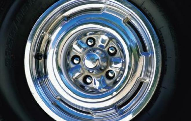 XR GT wheel trims 1.jpg