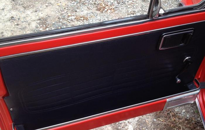 black interior trim door card Leyland Mini GT.png
