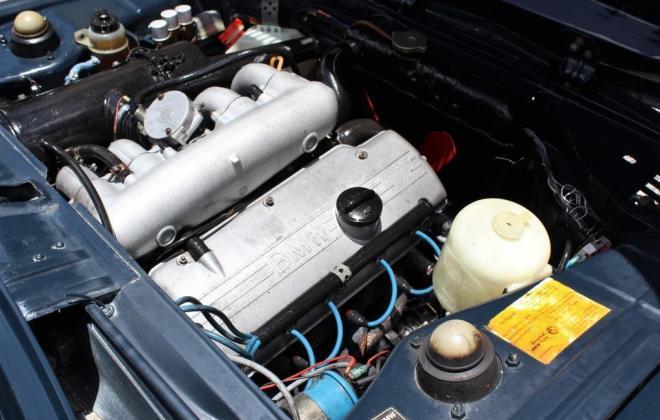 engine 1974 BMW 2002 Tii engine.jpg