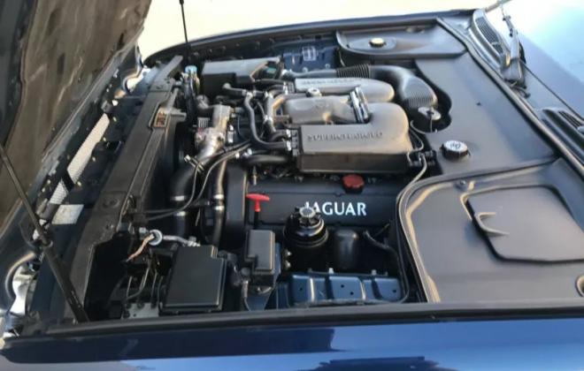 engine images 1999 Blue Jaguar XJR X308 Australia RHD images (20).png