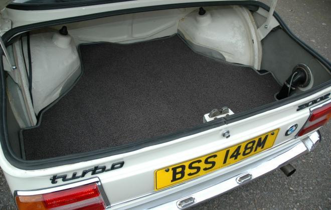 For Sale France Europe - 1974 BMW 2002 Turbo (8).jpg