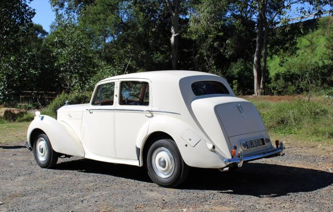 For sale - 1951 Bentley Mark VI Mark 6 White southern highlands NSW (5).JPG