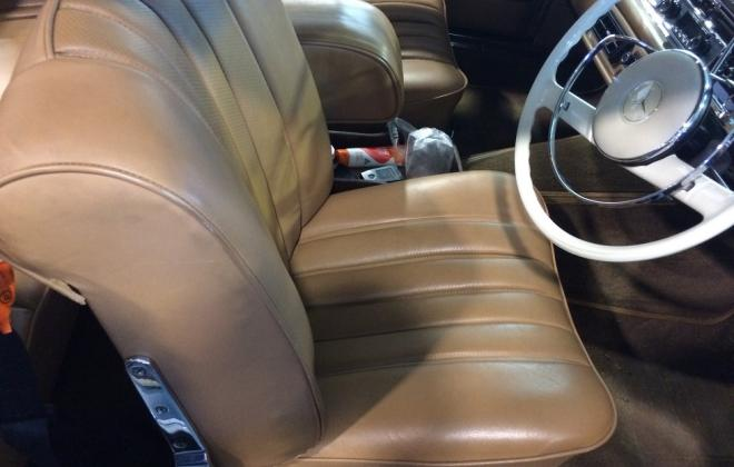 for sale 1963 Mercedes W111 230 SE coupe interior creme  (14).JPG
