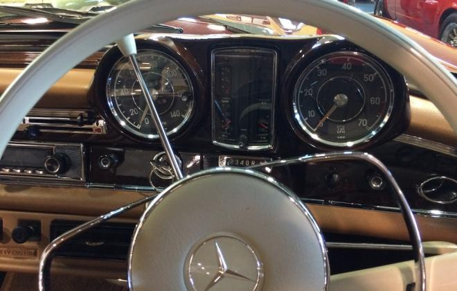 for sale 1963 Mercedes W111 230 SE coupe interior creme  (5).JPG