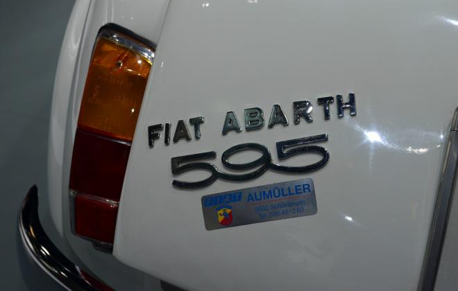 rear badge abarth 595.jpg